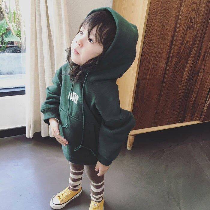 男女童加絨加厚連帽字母上衣 2019冬季新款中小童百搭兒童衛衣1入