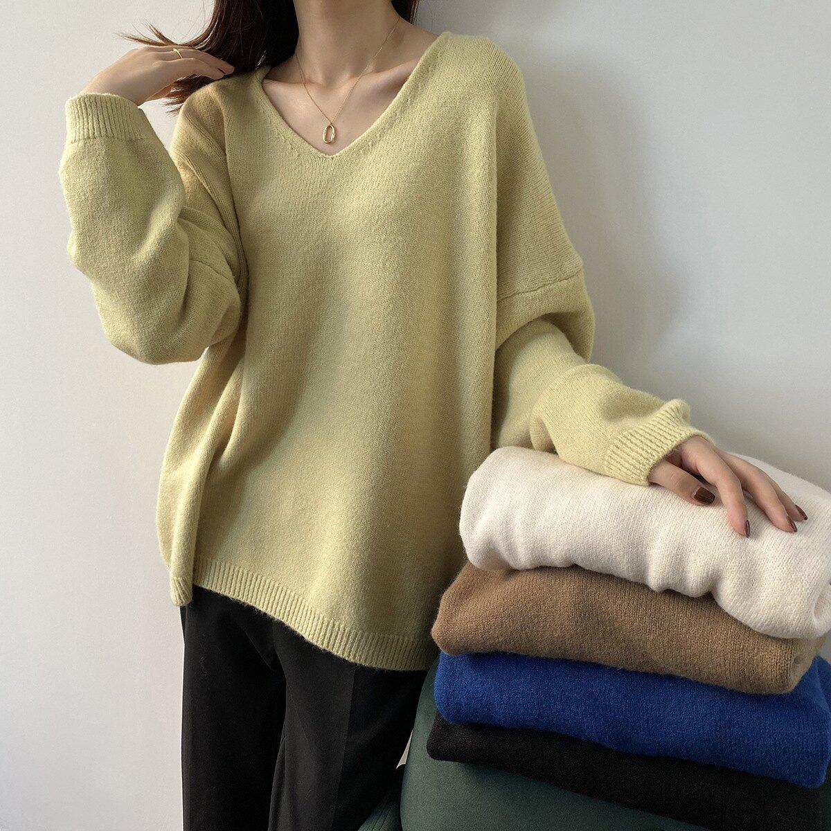 超推薦的新品舒適毛衣上衣 柔軟V領寬鬆長袖針織衫 艾爾莎【TAE8512】