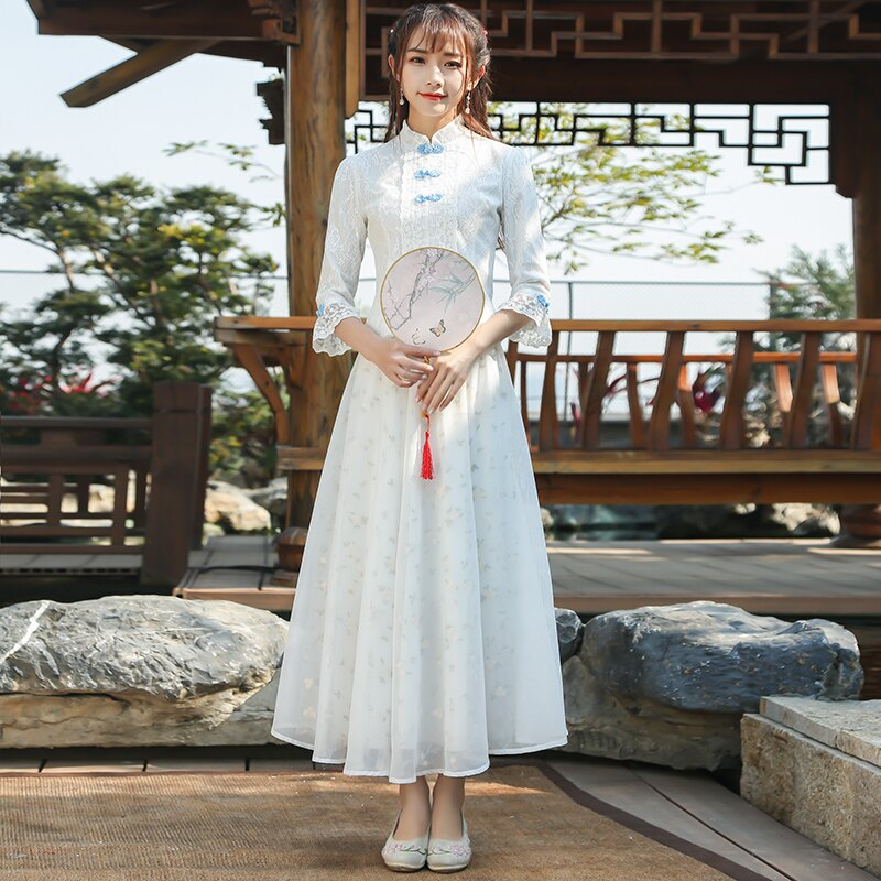 2019春秋裝新款中國風少女改良日常旗袍立領上衣蕾絲盤扣打底衫1入