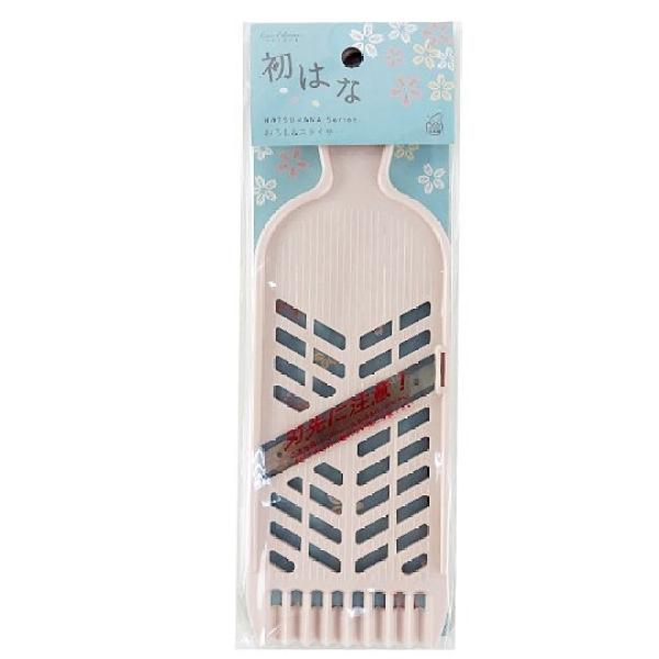 小禮堂 貝印 日製 長方形不鏽鋼刨絲器 切片器 磨泥器 切模 刨刀 (粉) 4901601-17199