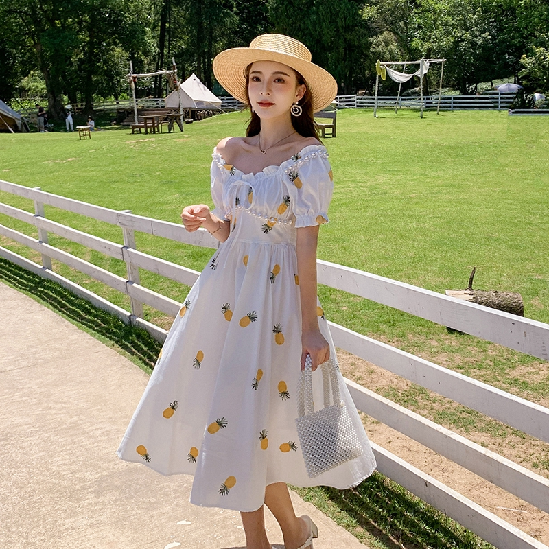 夏天洋裝仙女一字領洋裝珍珠a字連身洋裝刺繡大襬連衣裙