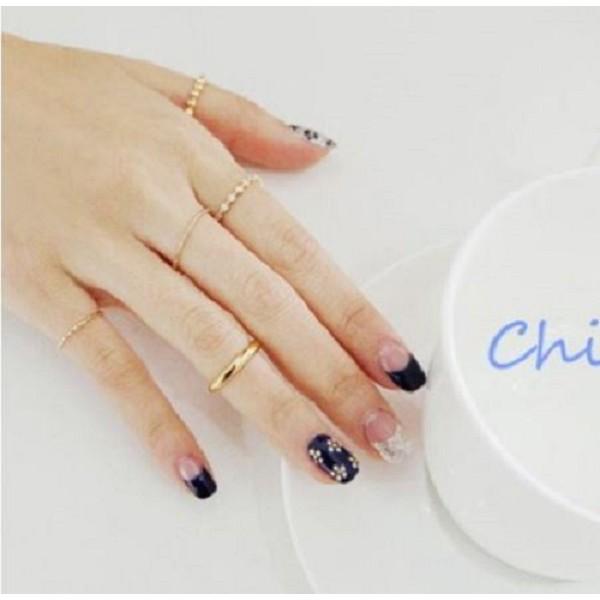 Chis Store 【珠珠排鑽五件組戒指】韓國飾品 韓劇來自星星的你同款小珠珠排鑽微鑲鑽 戒指五件組 極細戒指關節戒指