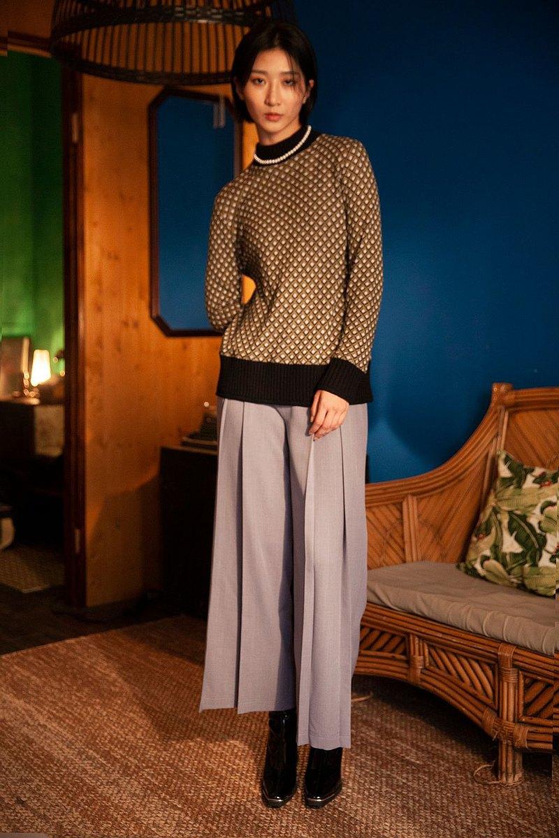 合摺雙口袋裝飾寬褲 High Waisted Pleat Flared Trousers