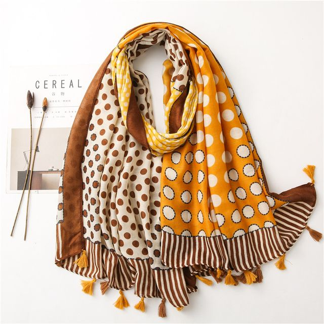 【BoBo時尚】兜圈圈-四季保暖空調遮陽流蘇披肩棉麻加大長款圍巾脖圍-黃