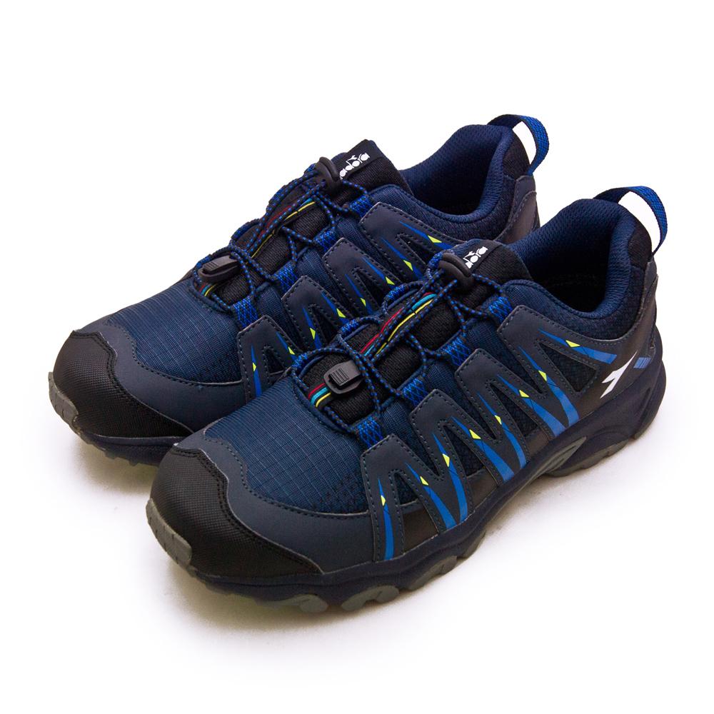 【男】DIADORA 迪亞多那 戶外野趣郊山抗水越野鞋 山之勇者系列 藍黑灰 7806