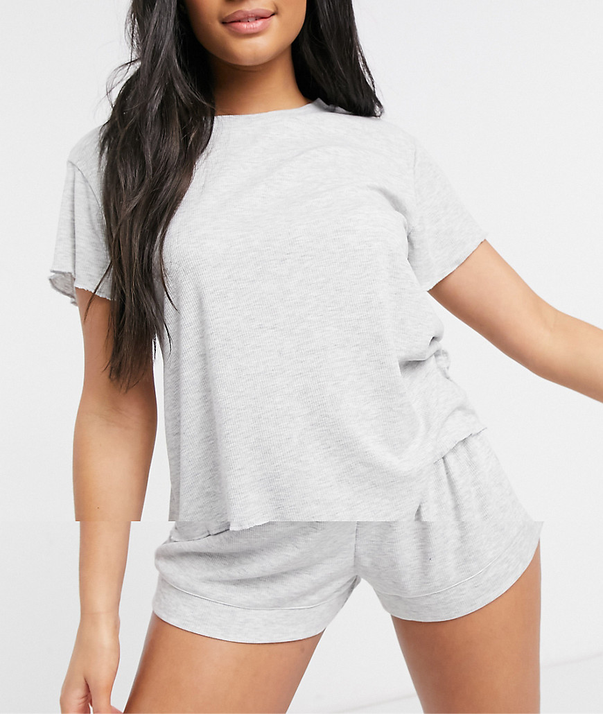 Chelsea Peers grey t-shirt and shorts loungewear set