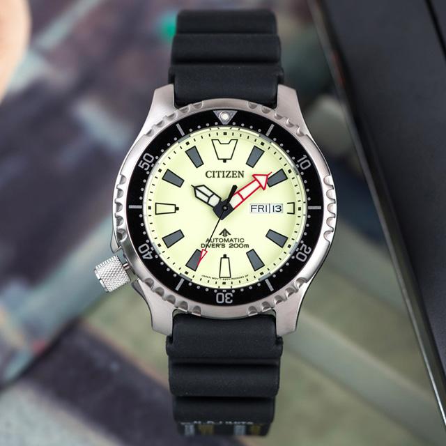 【CITIZEN 星辰】PROMASTER 鋼鐵河豚EX自動上鍊橡膠潛水機械錶/黑x綠框(NY0119-19X)