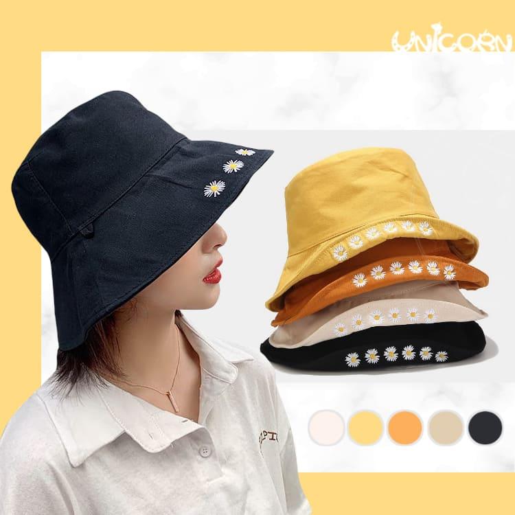 -五色-一排小雛菊刺繡漁夫帽 可雙面戴 遮陽帽 帽子 防曬帽 圓帽 盆帽 休閒帽【AS1090702】Unicorn手機殼