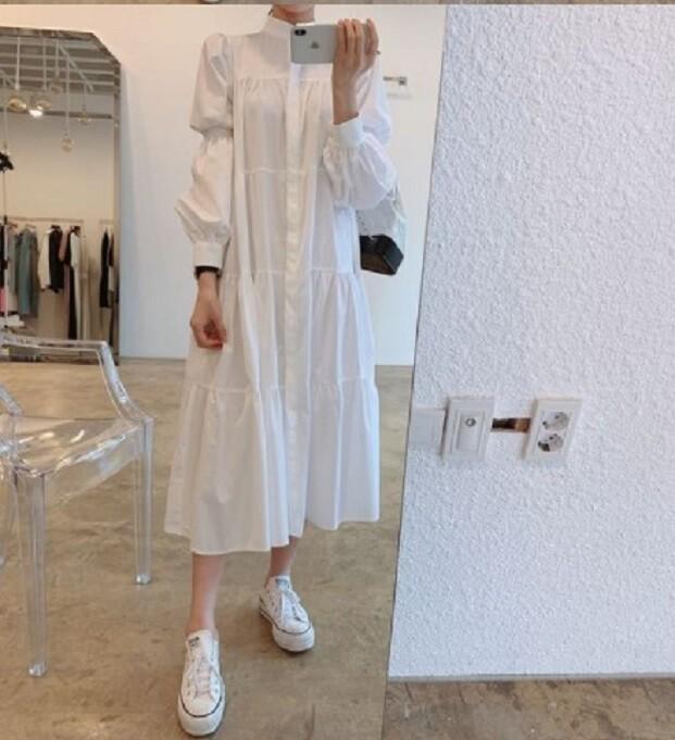 立領單排扣寬鬆皺褶感泡泡袖襯衫式連衣裙