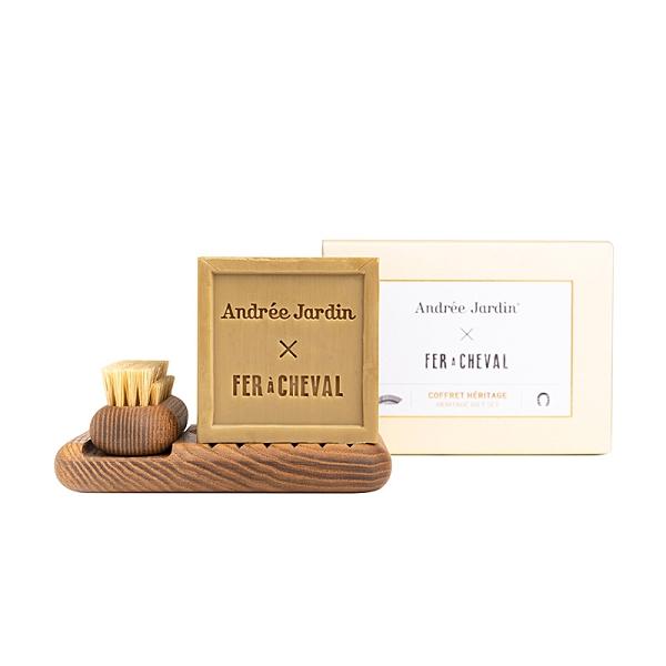 Fer à Cheval 法拉夏 馬賽皂復刻經典禮盒組 (橄欖油-方形300g+木質底座+手工刷)【新高橋藥妝】
