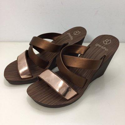 ❴店長推薦❵**Grendha**巴西夾腳拖鞋(低調奢華交叉帶 楔型厚底拖鞋) 古銅金