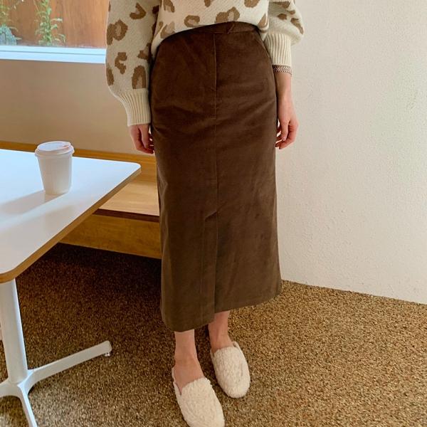 韓國製.復古氣質素面絨布前開衩高腰長裙.白鳥麗子