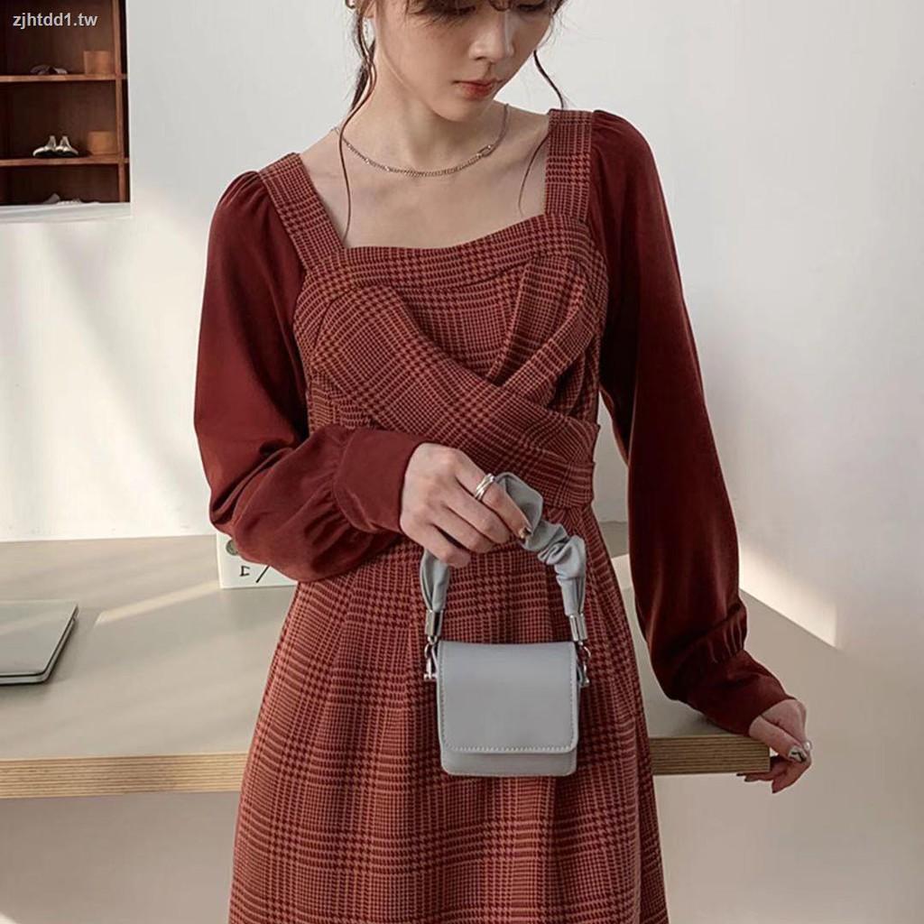 △秋冬裙子女裝設計感輕熟風溫柔中長款法式復古氣質方領紅色連衣裙