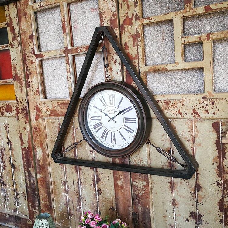 復古工業風鐵藝做舊墻上裝飾掛鐘 三角形創意鐘表 美式家居時鐘1入