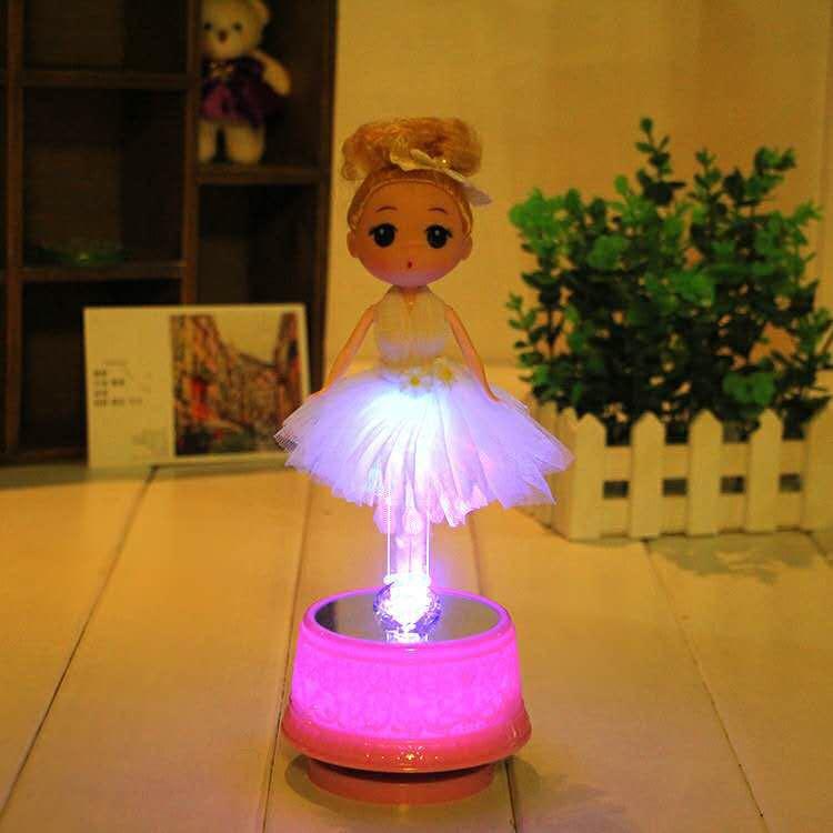 帶燈蛋糕音樂盒生日娃娃迷糊芭比娃娃旋轉八音盒帶新款擺件裝飾1入