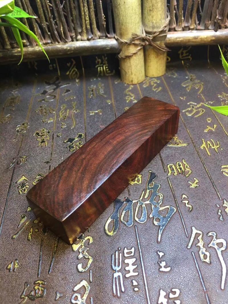 新款印度小葉紫檀鎮尺雕刻精品老料文房四寶鎮紙擺件紅木雕工藝品1入