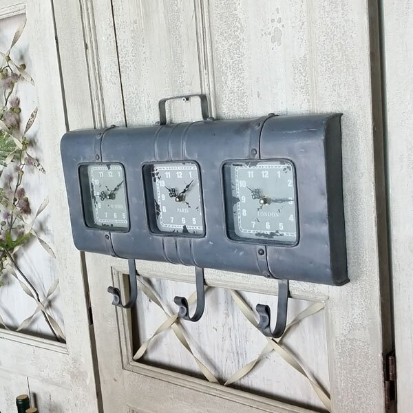 復古工業風鐵藝做舊鐘表 酒店大堂三聯掛鐘 墻上裝飾品掛鉤 壁飾1入
