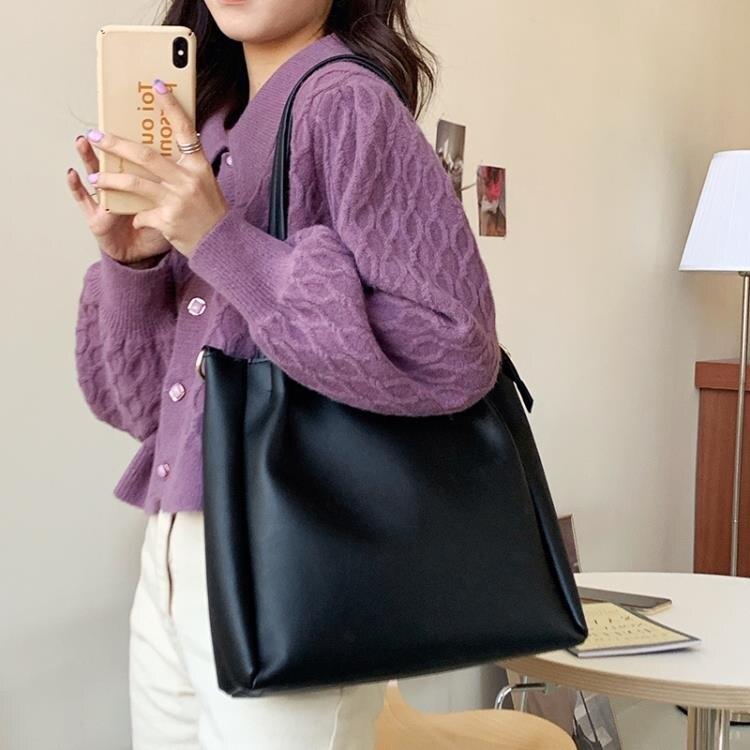 托特包 包包女2020新款潮韓版百搭單肩包大容量簡約托特包學生手提斜挎包 (洛丽塔) 買一送二 (拍一發三)