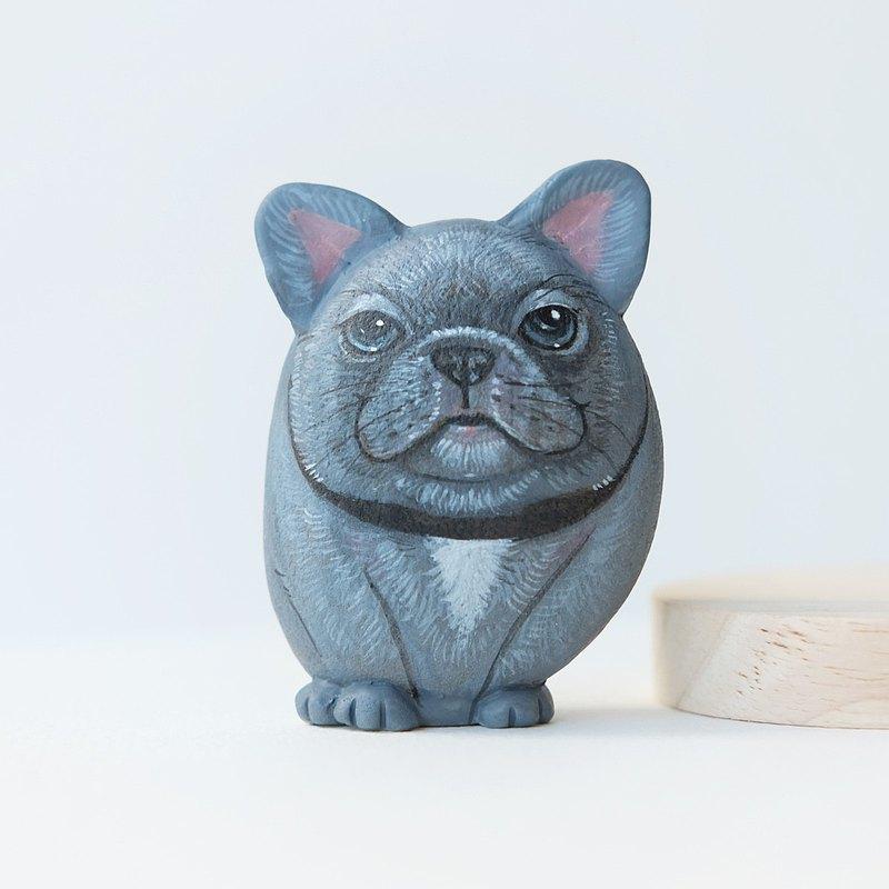 法國牛頭犬石畫在石頭的丙烯酸顏色,手工製造石的禮物。