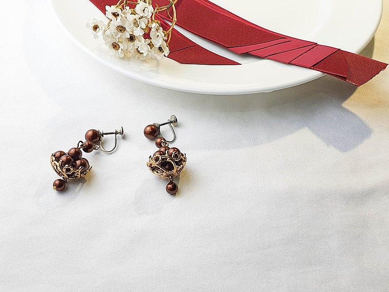 【美國帶回 西洋古董飾品】1950年代美國飾品 棕色珠珠 耳栓耳環