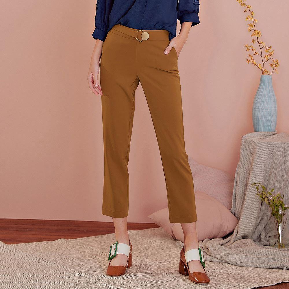 OUWEY歐薇 滑料質感微光澤西裝褲(咖)J59636