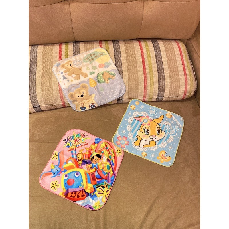 迪士尼 小飛象 小木偶 邦尼兔 達菲 熊 小毛巾 方巾