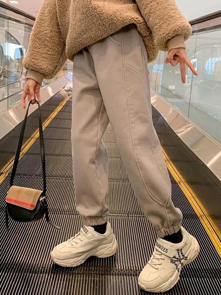 兒童褲 女童加絨褲子春外穿2021新款洋氣兒童加厚運動褲中大童休閒長褲【快速出貨八折鉅惠】