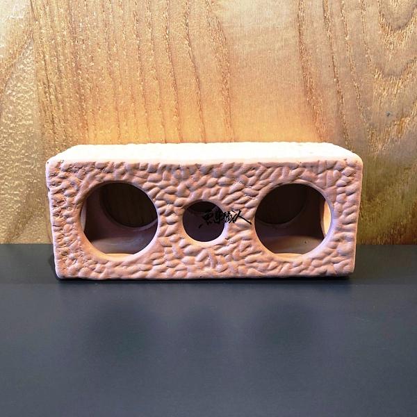 陶瓷空心磚(3孔)【飾品】【尺寸:14*14*14cm】造景裝飾 魚缸擺設 魚事職人