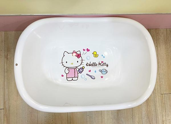 【震撼精品百貨】凱蒂貓_Hello Kitty~三麗鷗 KITTY 台灣製臉盆-白浴裙#09628