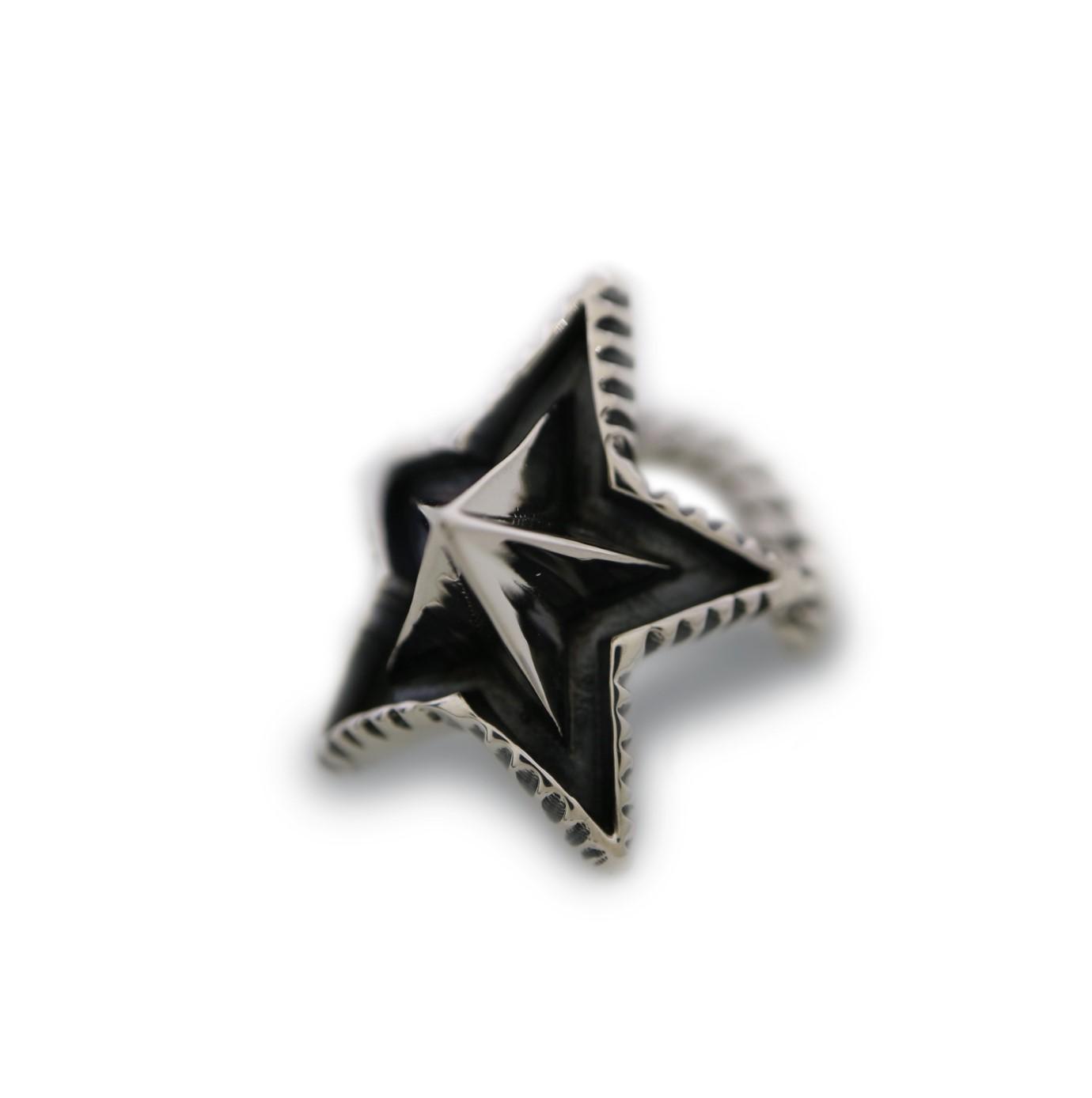 STAR SPIKE W / CHAIN RING [USD $770]