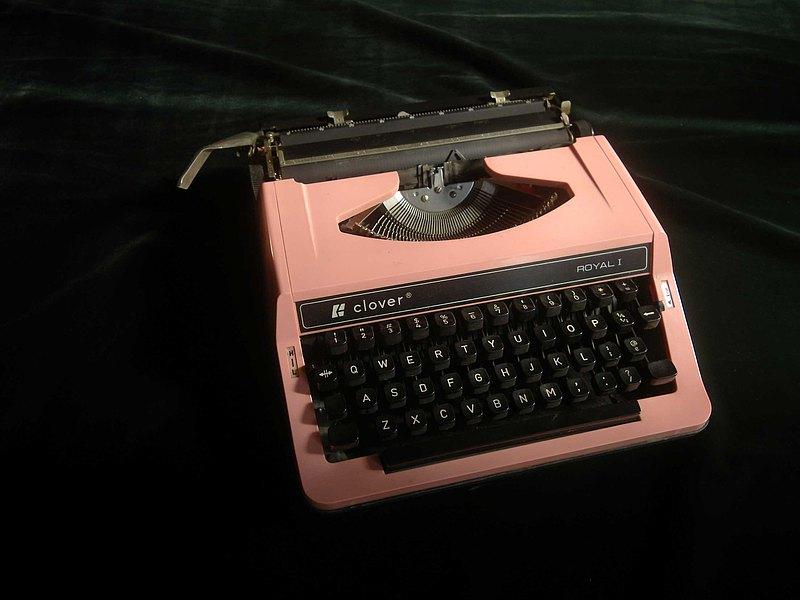 【老時光 OLD-TIME】早期日本稀有粉色打字機Q-1