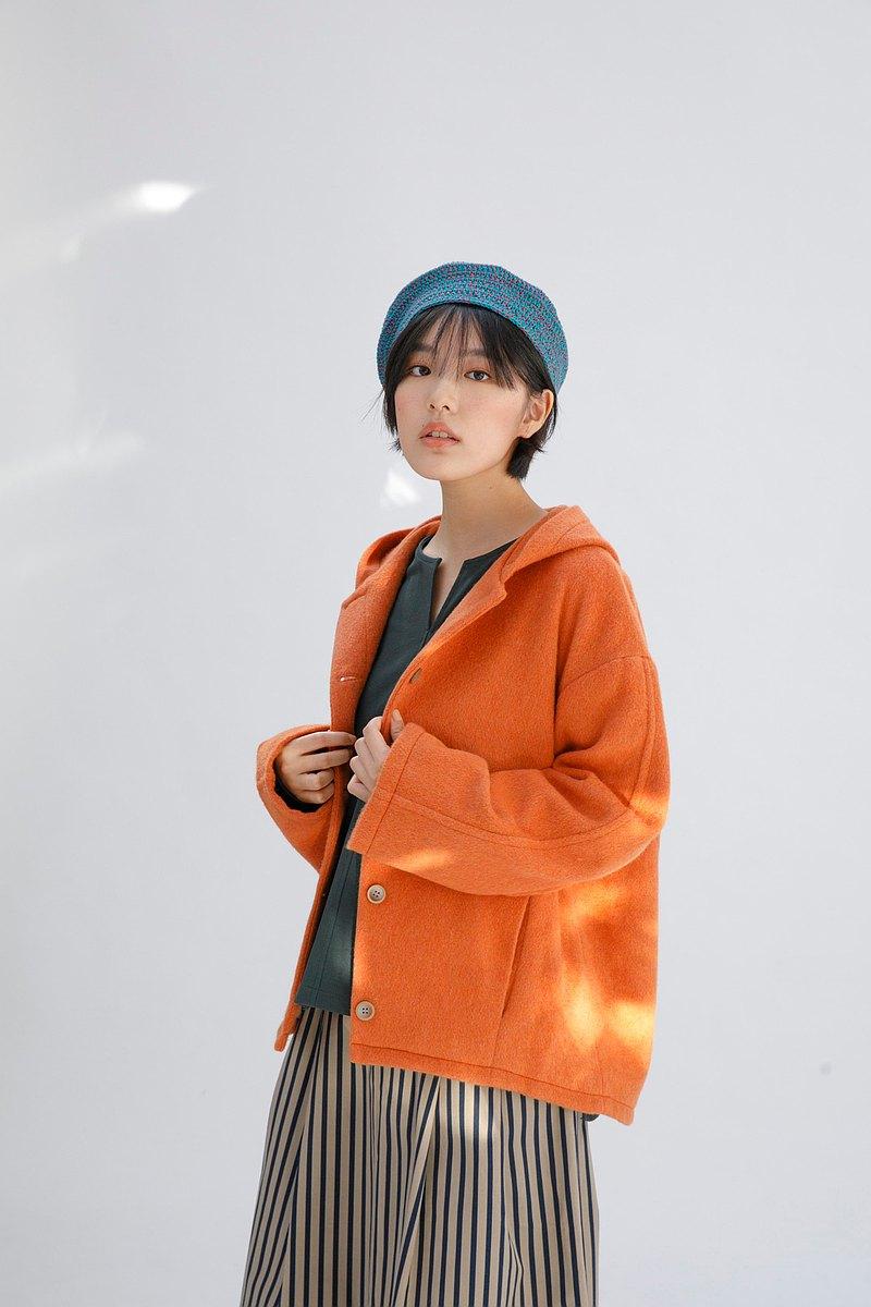 小雪怪連帽澎澎羊毛外套-紅橙