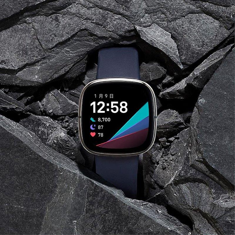 Fitbit Sense 健身手錶-炭黑色