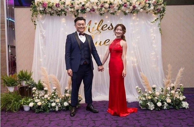 【遇見恆久】一字型花團背板 婚禮佈置方案 可加購相片桌/禮桌