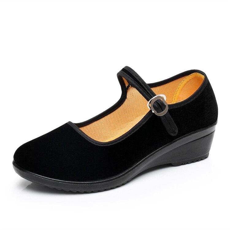 老北京布鞋工作單鞋女平底坡跟鬆糕一字帶酒店上班禮儀舞蹈黑布鞋 喜迎新春