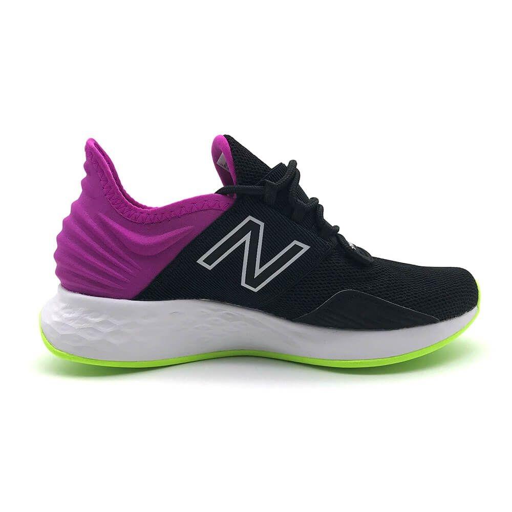 New Balance ROAV 女 跑步鞋 黑紫
