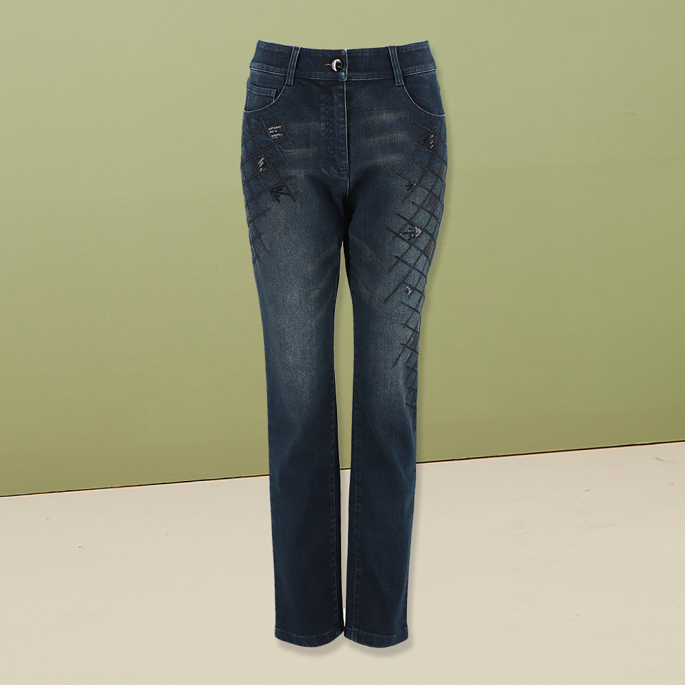 ILEY伊蕾 菱格刺繡水洗牛仔褲(藍)983602