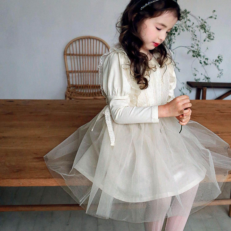 韓國 PuellaFLO - 雕花荷葉裝飾公主袖網紗洋裝-米白
