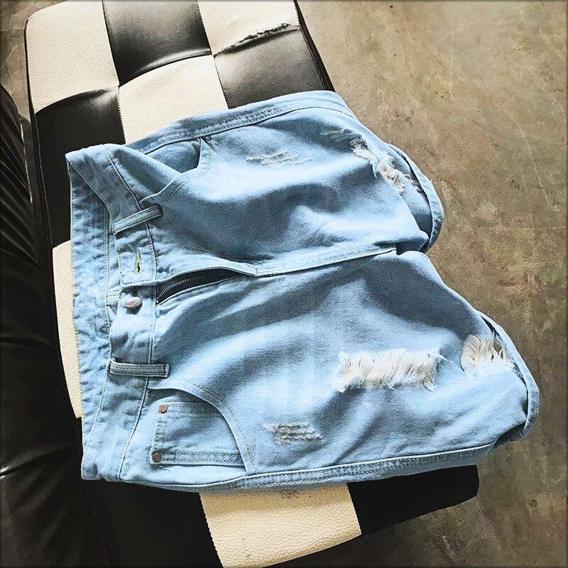 牛仔短褲‧大面積抽鬚破壞淺色單寧牛仔短褲‧一色【NQ55759】-TAIJI-