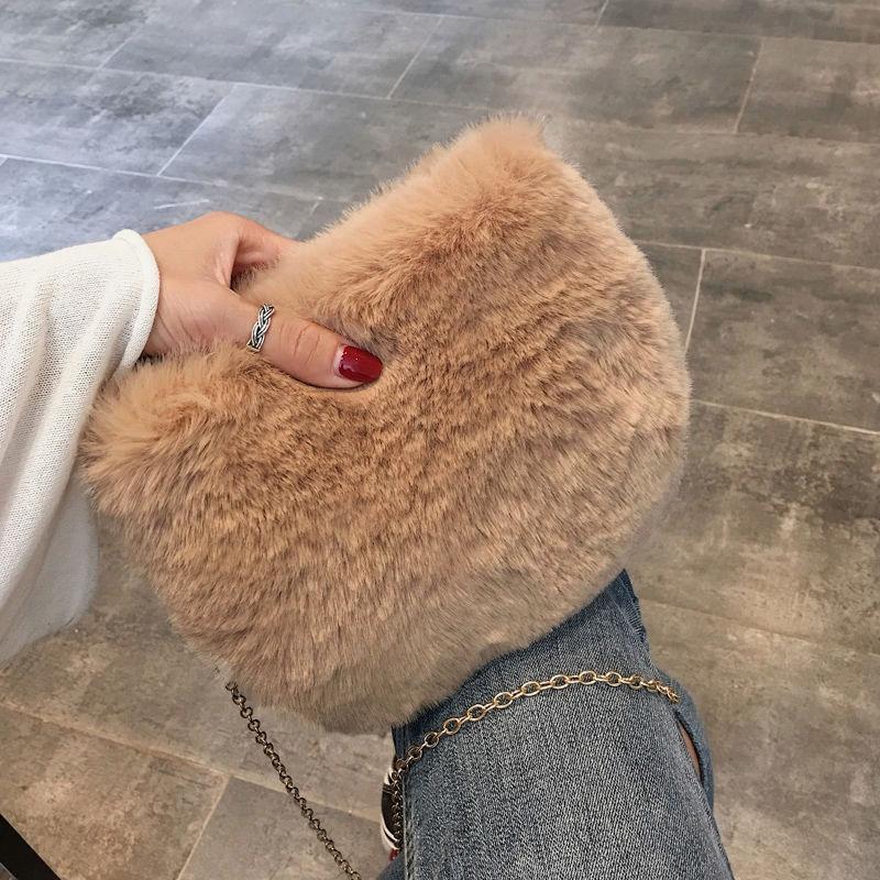 毛毛包冬季毛絨小包包女單肩斜挎小方包2020新款時尚迷你鏈條包潮
