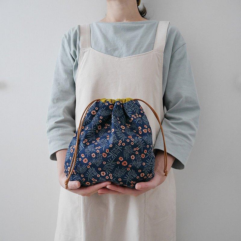 南法感藍底小橘花純棉拼接立體收納束口袋 便當袋 不含小圓袋