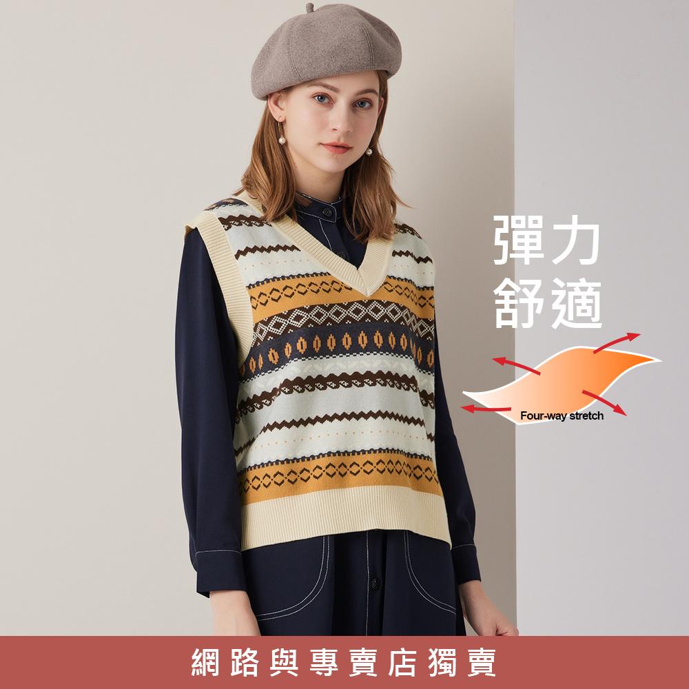 OUWEY歐薇 微民俗幾何撞色圖紋針織背心(杏)3211465006
