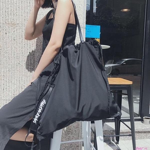 束口包FKXGSS 原創束口袋抽繩袋飄帶後背包可側背後背大容量防水健身包 JUST M