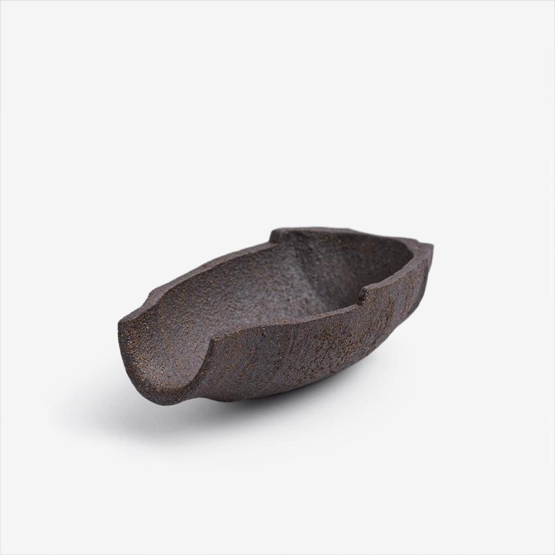 職人 素釉窯燒 9cm 陶瓷造型小碟|暖棕|單品