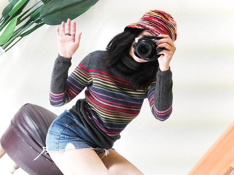 cashmere sweater •墨暗深灰彩虹橫紋 喀什米爾羊絨毛衣'vintage