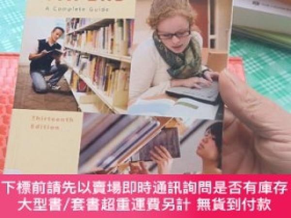 二手書博民逛書店Writing罕見Research Papers: A Complete Guide 13th Edition
