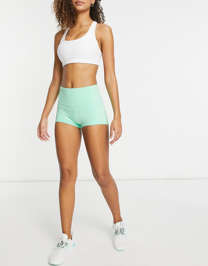 I Saw It First high waisted active shorts in mint-Green