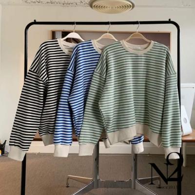 上衣 正韓圓領橫條紋落肩款設計棉T (綠白條紋)N2