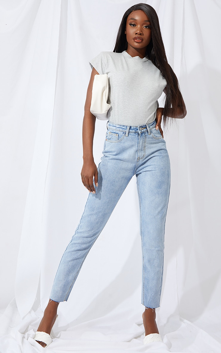 PRETTYLITTLETHING Tall Light Blue Raw Hem Cropped Slim Mom Jeans