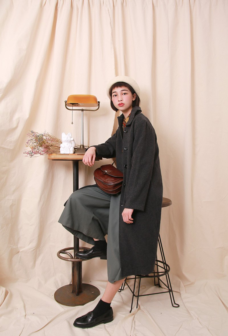 Back to Green:: 羊毛大衣 深灰 日本製 vintage overcoat